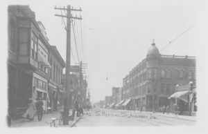 Decker Building (right). Postcard courtesy of Anderson Public Library